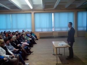 Общее дело на родительском собрании в школе №32 города Волжский Волгоградской области Семенов Вадим