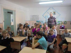 Общее дело в Рудовской школе Жигаловского района Иркутской области.