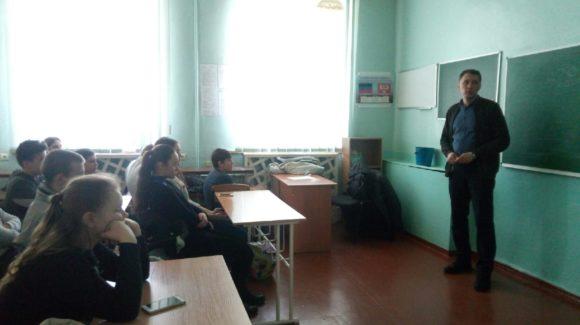 Активисты Общероссийской общественной организации «Общее дело» провели Урок трезвости в общеобразовательной школе № 11 города Донецка
