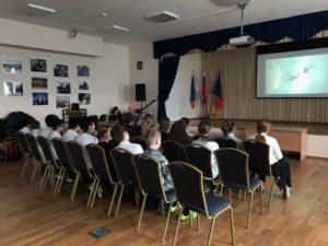 Учащиеся Донской реальной гимназии № 62 посмотрели фильм «Секреты манипуляции. Алкоголь»