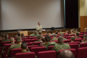 Активисты ОО «Общее дело» рассказали военнослужащим о манипуляциях сознанием человека в отношении наркотических веществ