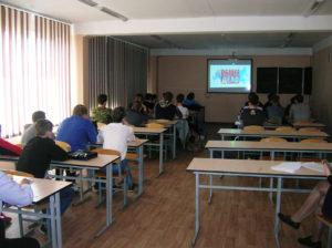 Фильм «Наркотики. Секреты манипуляции» посмотрели студенты Новосибирского колледжа автосервиса и дорожного хозяйства