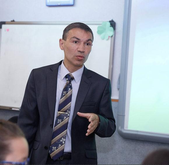 Ларионов Алексей Александрович