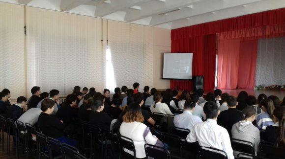 Общее дело в школе №12 города Элисты республики Калмыкии