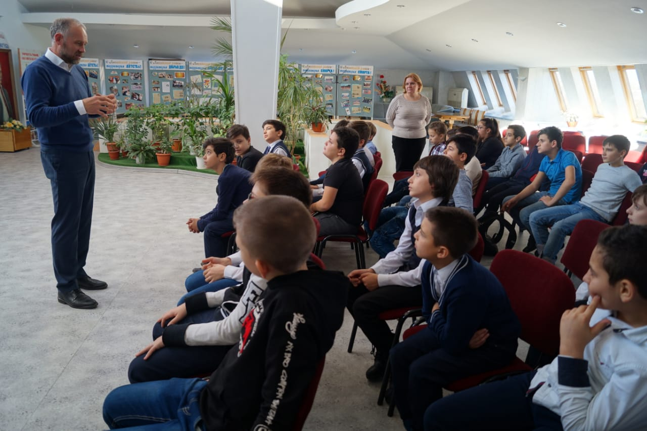 Общее дело в центральной библиотеке имени Шолохова в городе Аксай