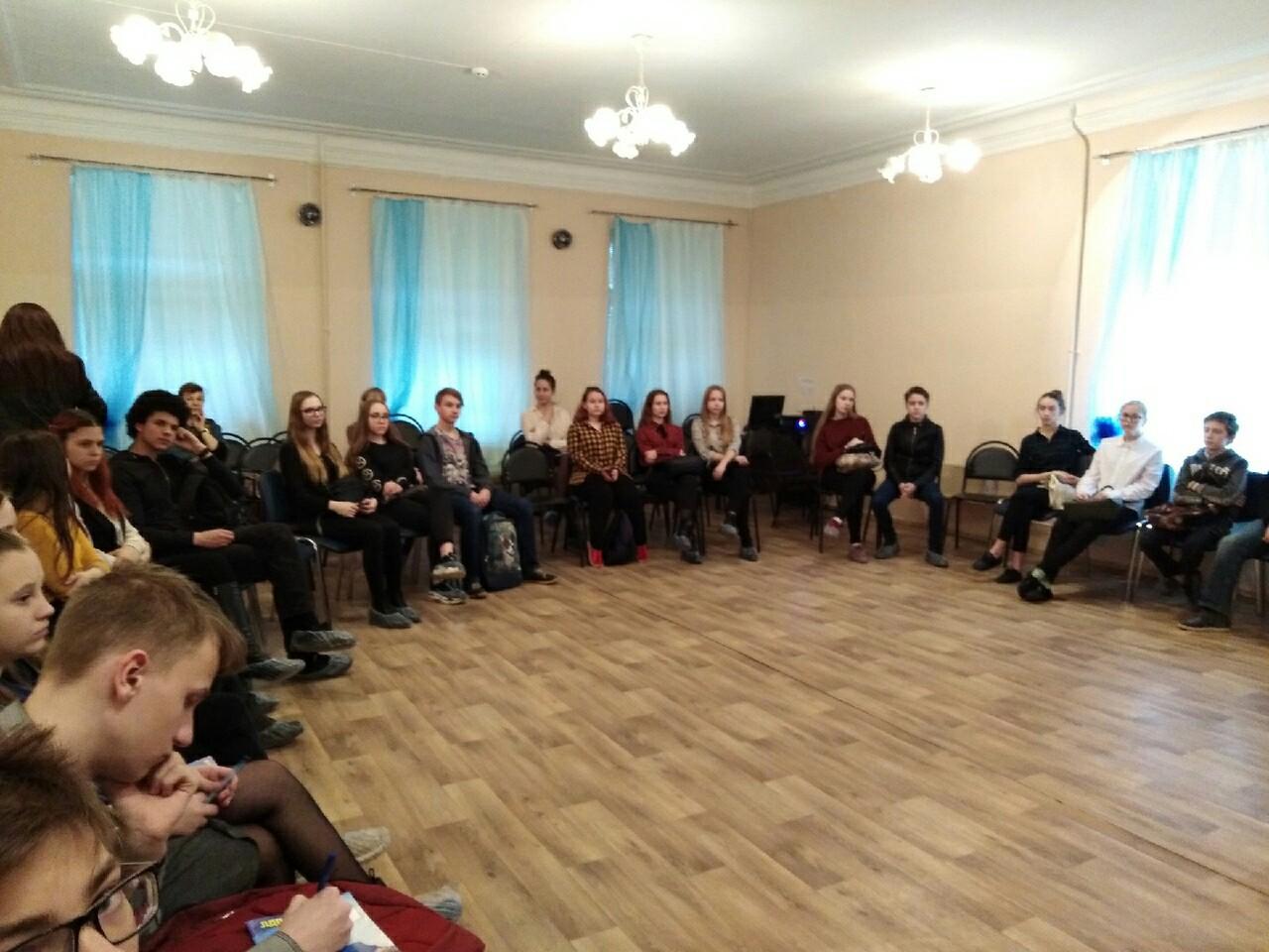 Сверстник сверстнику: встреча с ребятами-волонтерами Фабричного округа города Костромы