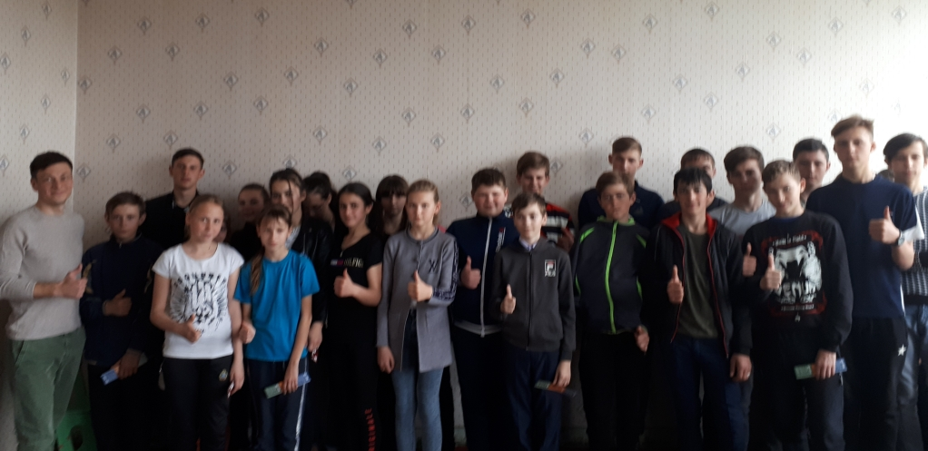 Общее дело в Степано-Савченской средней школе Милютинского района Ростовской области