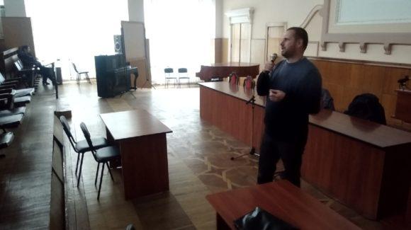 Урок трезвости со студентами Донецкого национального технического университета
