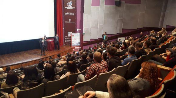 Презентация нового фильма «Общее дело» о чистоте речи — «Грязные слова» в Екатеринбурге