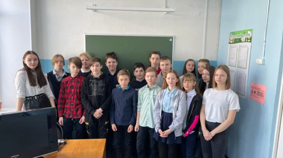 Семь встреч с ребятами школы №9 и одна встреча с родителями школы №11 города Великий Устюг