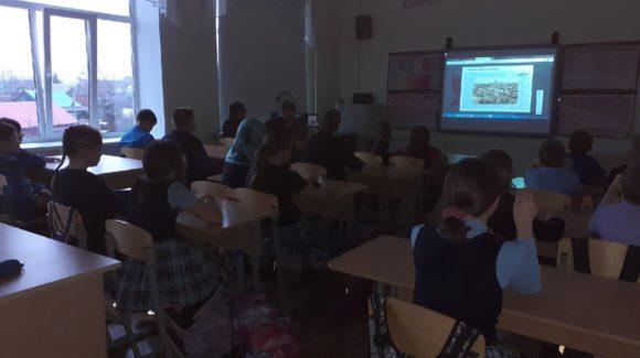 Волонтерский отряд «Волонтеры 21» школы №21 г.Сарапул провел профилактическое занятие для 5Б класса